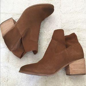 bp Shoes - Bp Brice Notched Bootie